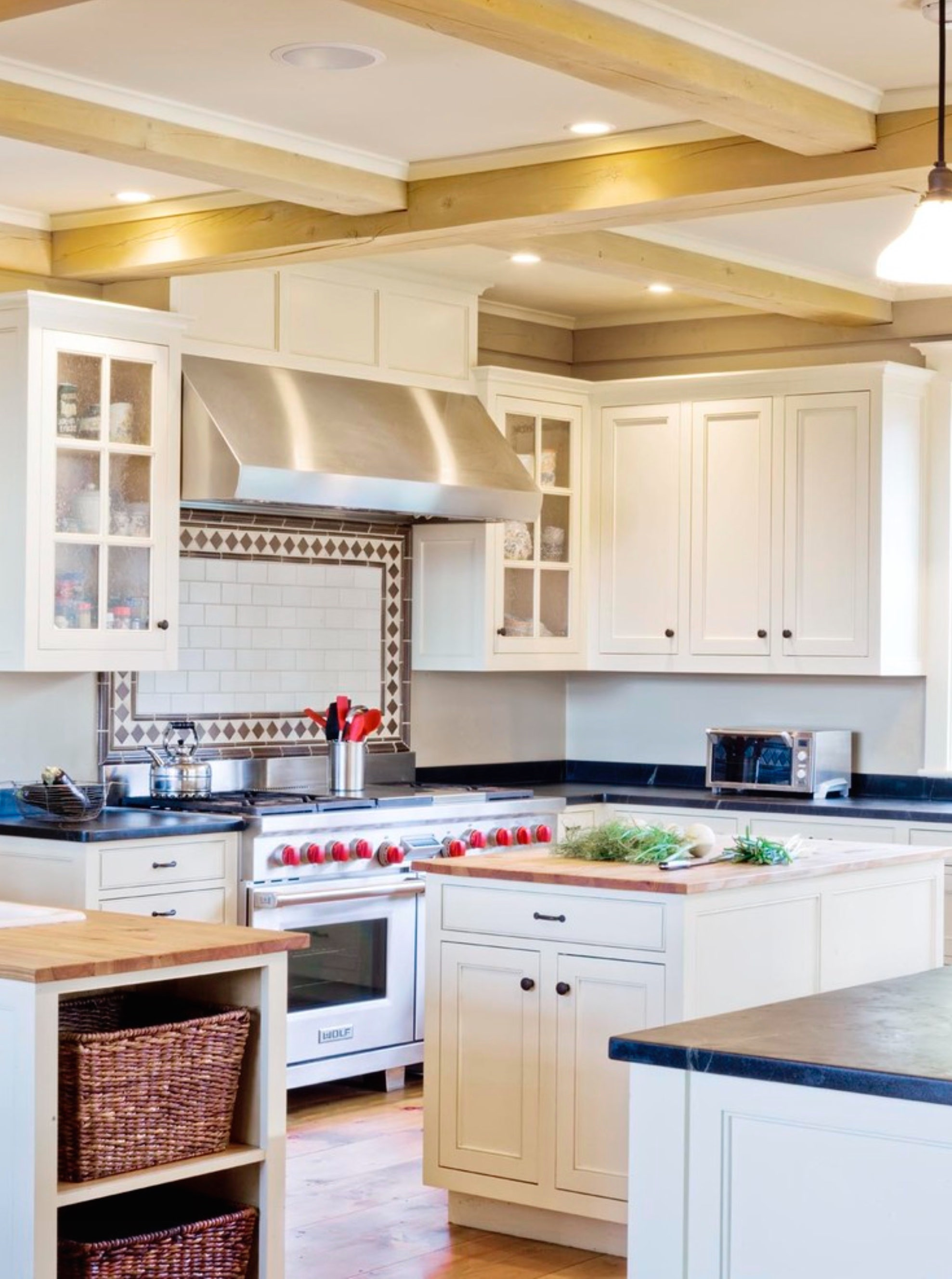 What Are The Different Types Of Range Hoods Complete With Photos